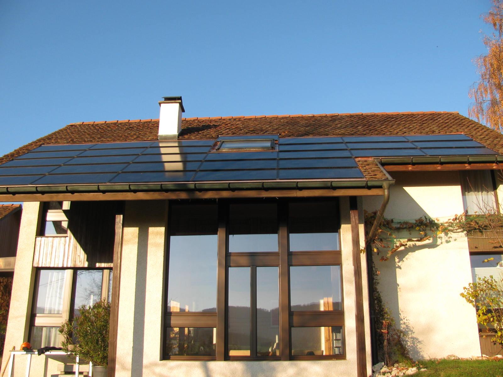 Koutec - panneaux photovoltaïques en Suisse romande