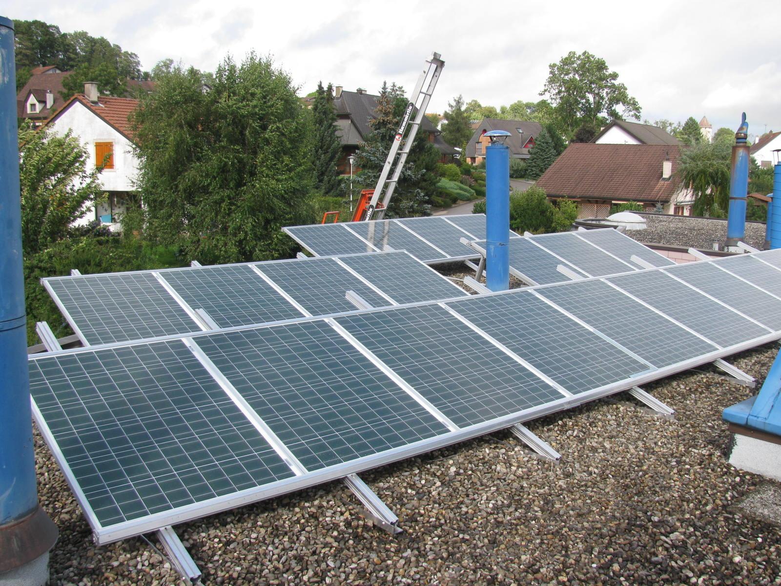 Koutec - pose d'installations solaires en Suisse