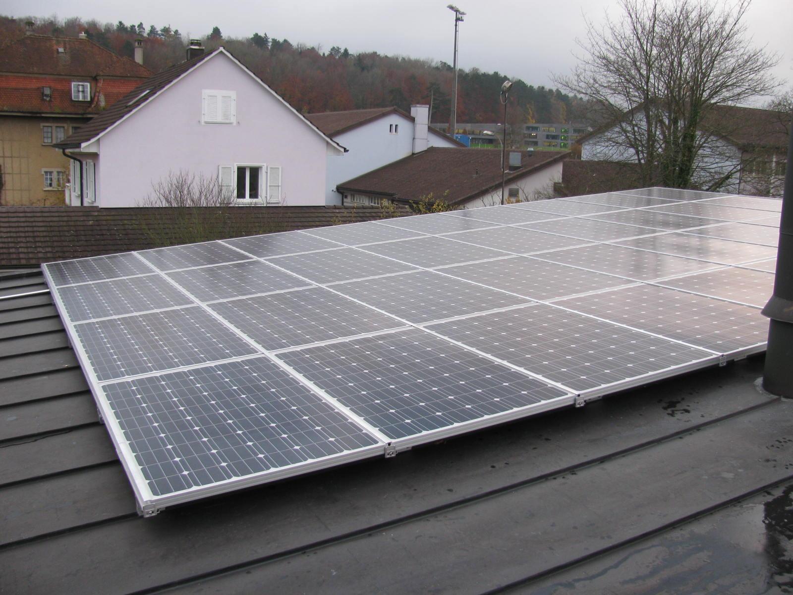 Koutec Sàrl - pose de panneaux photovoltaïques