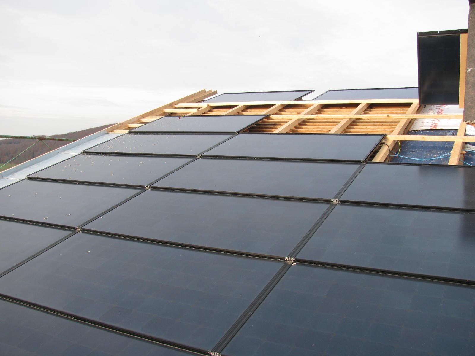 Koutec Sàrl - pose de panneaux solaires