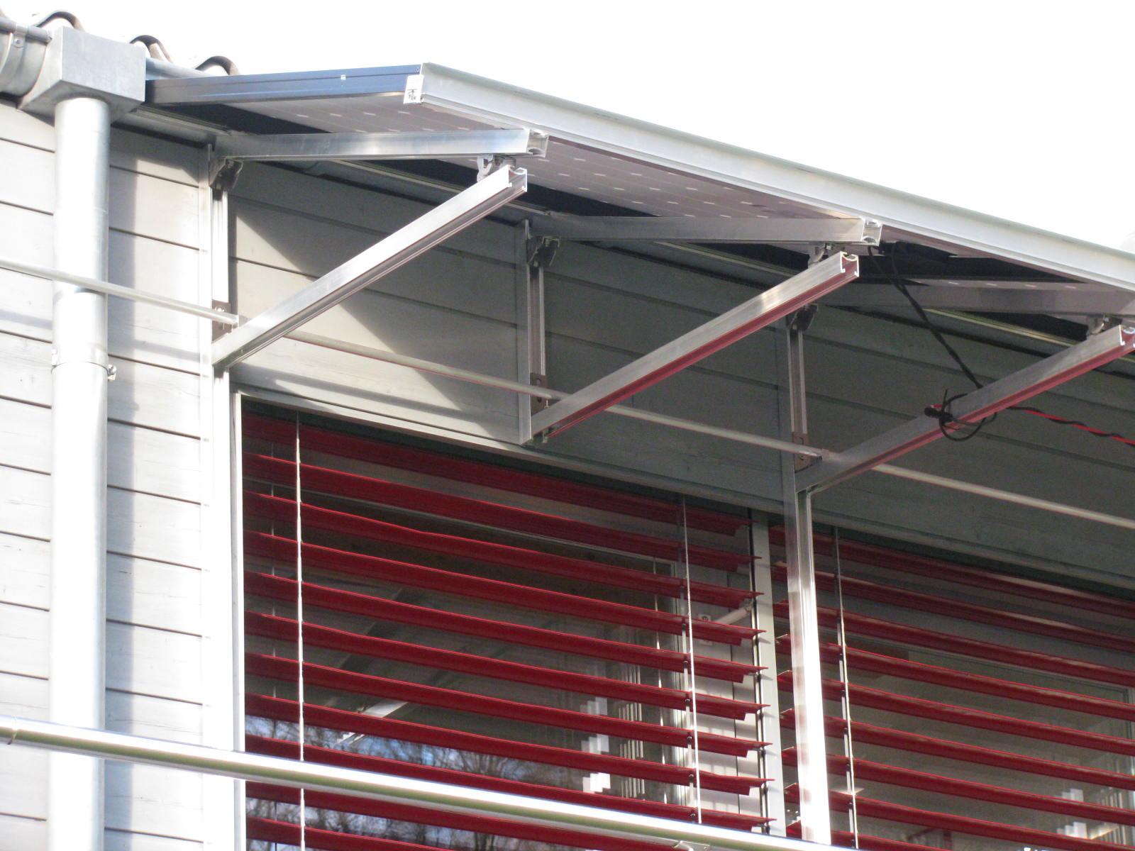 Pose de panneaux solaires en Suisse romande