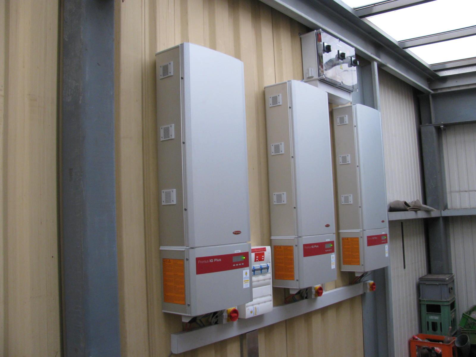 Pose de panneaux photovoltaïques en Suisse